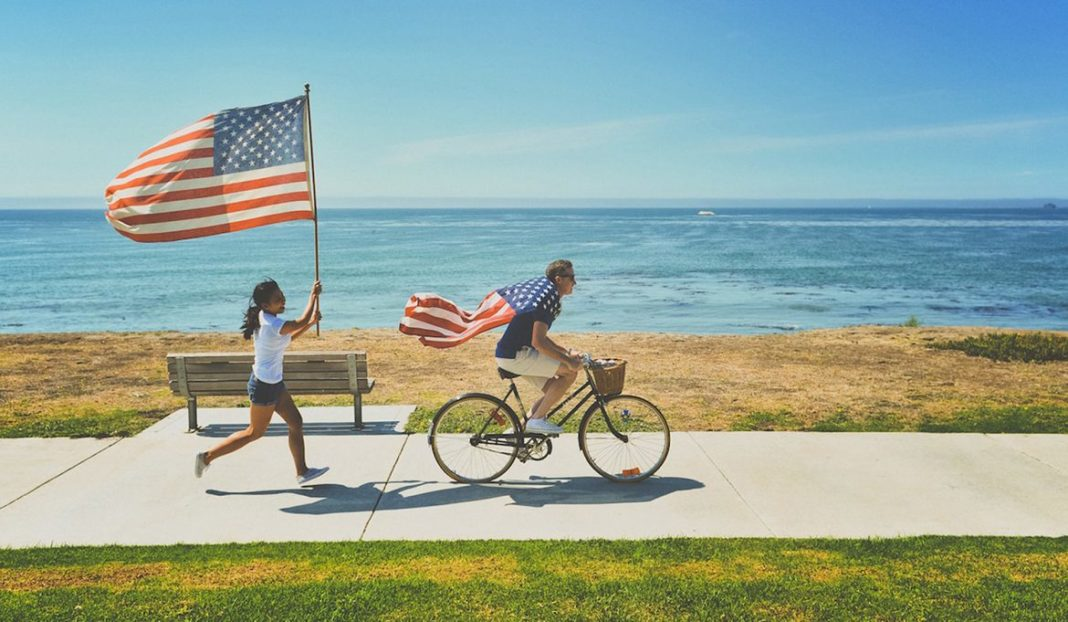 Labor Day, Labor Day vacationing, thrifty Labor Day tips